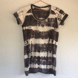 Lululemon swiftly tech tie dye striped top